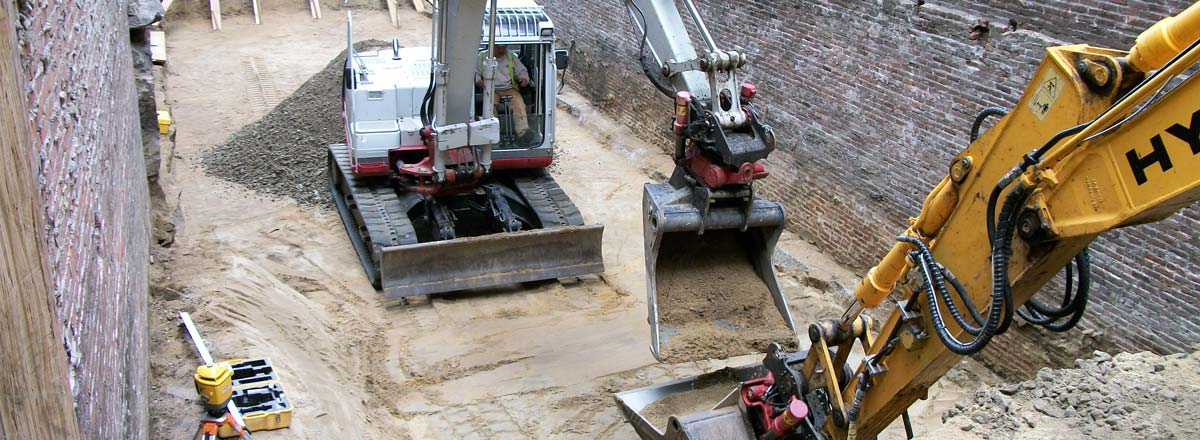 Leighton A. White, Inc. Milford NH 03055 - Foundation Excavation Using Rototilt Buckets